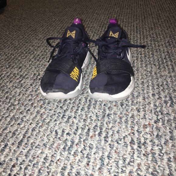 official photos 0f686 6d919 Paul George 1 Nike basketball shoe